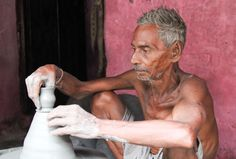 Ramnath at potter's wheel crafting a traditional clay tea cup, or bhar. Monsoon Rain, Clay Cup, Kolkata, Chai, Tea Cups, Crafting, Warm, Traditional, Life