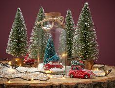Met behulp van gezellige decoratie haal jij het kerstgevoel in huis. Shop jouw kerstdecoratie al vanaf 1,- en ontvang je totale aankoopbedrag terug als shoptegoed voor je volgende aankoop! #kerst #kwantum #kerstdecoratie #kerstversiering #kerstmis