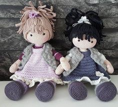Mia & Ella Mia & Ella **Broken link** But still love the dolls 💜Knitting Patterns Toys Beautiful handmade doll to cuddle, play and love. With direct link to the sale …Amigurumi Do ZeroThis post was discovered by E.Laura & Alesia just met their o Crochet Doll Clothes, Knitted Dolls, Crochet Dolls, Crochet Baby, Knit Crochet, Amigurumi Doll, Amigurumi Patterns, Doll Patterns, Knitting Patterns