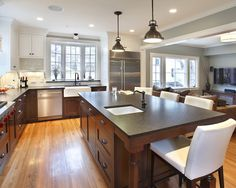 DARK LOWER CABINETS AND CREAM UPPER CAB Design, Pictures, Remodel, Decor and Ideas