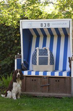 SaMari Design : Meine Reisetasche XXL | Schnitt: Taschenspieler 3 von Farbenmix Outdoor Furniture, Outdoor Decor, Outdoor Storage, Cases, Awesome, Dressmaking, Sew Simple, Travel Tote, Sachets