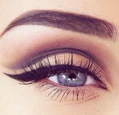 Look at this eye! Everything the brow, the lashes, the shadow