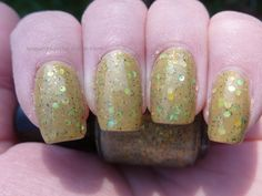 Lacquer or Leave Her!: Indie-Licious Review: Fanchromatic Nails Part 1