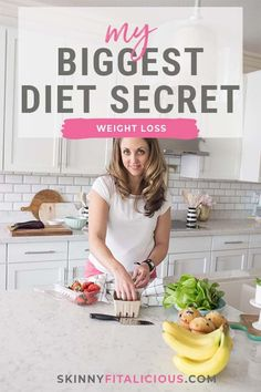 My Biggest Diet Secret that's scientifically proven and helped me lose 80 pounds. My Biggest Diet Secret that's scientifically proven and helped me lose 80 pounds. Strawberry Oatmeal Bars, Blueberry Crumble Bars, Blueberry Cookies, Quick Healthy Desserts, Great Desserts, Dessert Ideas, Pancake Recipes, Muffin Recipes, Egg Recipes