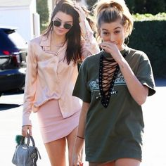 AS SEEN ON HAILEY! SOLD OUT LF VINTAGE LACE UP TEE AS SEEN ON KYLIE and HAILEY!! SOLD OUT LF VINTAGE LACE UP TEE. WASHINGTON white logo with a dark navy shirt! NWT NEVER WORN! LF Tops Tees - Short Sleeve