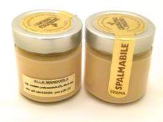 Crema spalmabile alla mandorla. http://www.cioccolateriaveneziana.it/negozio/crema-spalmabile-alla-mandorla/