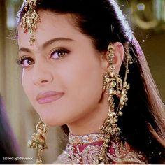 Kajol in Kuch Kuch Hota Hai! Bollywood Outfits, Bollywood Actress Hot Photos, Beautiful Bollywood Actress, Most Beautiful Indian Actress, Beautiful Actresses, Bollywood Makeup, Kuch Kuch Hota Hai, Kajol Image, Indian Goddess