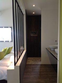 Mérindol-les-Oliviers, Maison de vacances avec 3 chambres pour 6 personnes. Réservez la location 1123679 avec Abritel. Vue exceptionnelle pour une belle maison provençale avec piscine à débordement