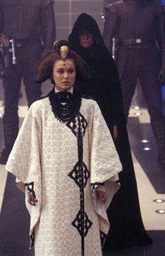 Star Wars (Attack of the Clones (II))_Padme Handmaiden_Verse