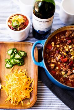 Wine-spiked chili turns up the tailgate.