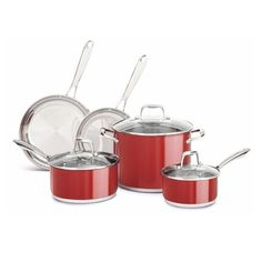This dishwasher-durable KitchenAid Stainless Steel Empire Red 10 Piece Cookware Set offers a nonstick colorfast finish that resists fading and discoloring. The stainless steel base stays flat on all cooktop surfaces. Kitchen Decor Themes, Rustic Kitchen Decor, Cast Iron Cookware, Cookware Set, Kitchenaid, Pots And Pans Sets, Thing 1, Little Kitchen, Pan Set