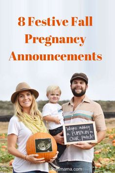 It's Fall, so why do a regular boring pregnancy announcement when you can do one that's Fall-themed! These 8 announcements are seriously adorable. #pregnancyannouncement