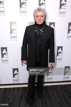 Singer/songwriter Marty Stuart attends An Evening With Marty Stuart at The GRAMMY Museum on February 2017 in Los Angeles, California. Country Music Artists, Country Music Stars, Cowboy Up, Western Cowboy, Cindy Cash, Marty Stuart, Grammy Museum, Male Artists, Grand Ole Opry