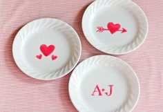 decorate Valentine dishes with edible paint holiday, valentin dish, orang, valentine day, diy valentine's day, edibl paint, food coloring, white dishes, parti