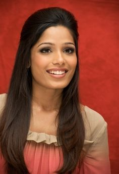 Google Image Result for http://topnews.in/light/files/Freida-Pinto01_0.jpg