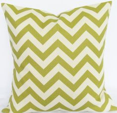 Green citrine zigzag pillow