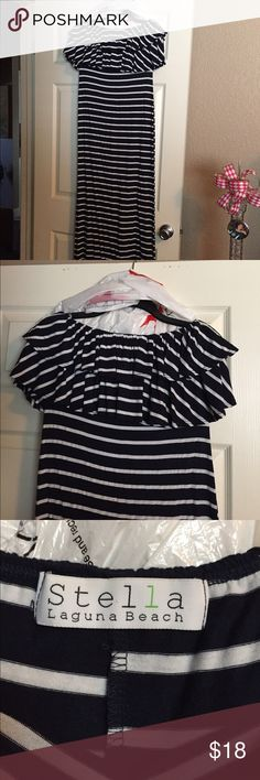 Stella Laguna Beach strapless navy and white dress Casual cute strapless dress for summer. Worn once. Has small mark on front as shown in last pic, but isn't noticeable when wearing especially if you wear with a belt.  Very cute dress. Stella Laguna Beach Dresses Strapless