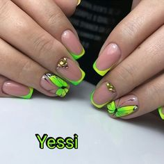 Gel nails are a trend that never go out of style. Be it the of July or just a fun day out on the beach, you can always match it with nail art to truly be in the spirit of it. Cute Gel Nails, Funky Nails, Neon Nails, Pretty Nails, Butterfly Nail Designs, Butterfly Nail Art, French Gel, French Nails, Gelish Nails