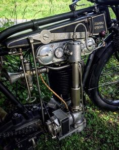 Well, how about making your own DOHC bike engine in the is tied with for putting 2 cams atop a British motorcycle engine. Antique Motorcycles, American Motorcycles, Triumph Motorcycles, Motorcycle Engine, Motorcycle Design, Classic Motorcycle, Motorbike Parts, Bugatti, 150cc Scooter