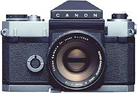 Flex - May 1959 (The top-class 35mm camera market gradually shifted from rangefinder cameras to single-lens reflex cameras. The major reason was that SLRs could handle close-ups, photomicrography, duplication work, and other applications without being constrained by the limits of rangefinder camera lenses. When Canon introduced the Canonflex, its first SLR, there were already eight SLR models on the market)