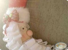 visite www.feltrofacil.com.br para ver o passo a passo christmas felt, felt santa claus, feltro, lua, molde, moon santa claus, natal feltro, navidad fieltro, navidade fieltro claus, papai noel, papai noel lua em feltro, passo a passo natal feltro