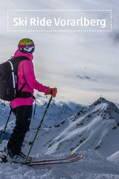 """Auf Skiern quer durch Vorarlberg. Vom Kleinwalsertal im Norden bis ins Montafon im Süden: Bei der """"Ski Ride Vorarlberg""""-Tour erleben Wintersportler in kleinen Gruppen und mit Guide hautnah das winterliche Hochgebirge. Es geht dabei durch freies Gelände und Skigebiete – ein einzigartiges Ski-, Sport- und Naturerlebnis für die TeilnehmerInnen.  #ski #skiride #freeride #visitvorarlberg #myvorarlberg"""