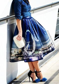 Night Skyline of London Print Midi Skirt