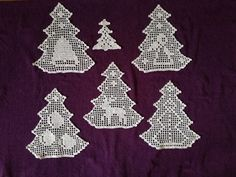 Crochet Applique Patterns Free, Filet Crochet Charts, Crochet Square Patterns, Crochet Christmas Decorations, Crochet Christmas Ornaments, Christmas Crochet Patterns, Thread Crochet, Crochet Doilies, Crochet Stone
