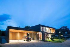 Two-storey home in scenic location near Aarhus