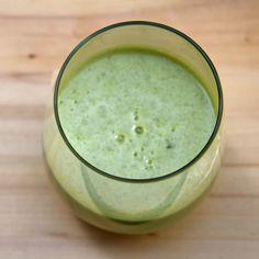 Detoxifying Apple Ginger Lemon Juice From Ritual Welness greensmoothierecipes Green Smoothie Recipes, Juice Smoothie, Healthy Smoothies, Healthy Drinks, Healthy Snacks, Healthy Recipes, Green Smoothies, Ginger Smoothie, Detox Recipes