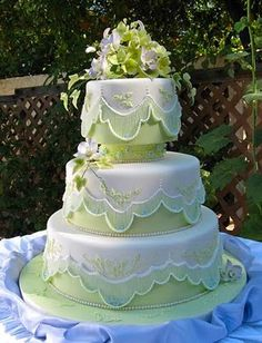 Indian Weddings Inspirations. Green Wedding Cake. Repinned by #indianweddingsmag…