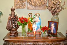 Holy Family Altar in our Home (by Miguel Sideco) Home Altar Catholic, Catholic Kids, Loved One In Heaven, Christian Mysticism, Prayer For Family, Holy Family, Christian Faith, Christianity, Altars