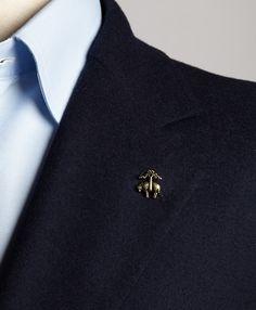 5741710cf9bd Golden Fleece Lapel Pin Pin Man, Gents Fashion, Fashion Tips, Fashion  Outfits,