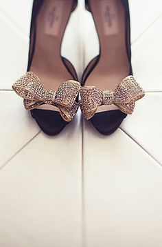 Gold Valentino bow peep toes! (Photo by Amelia Lyon)
