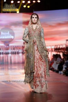 Umsha by Uzma Babar Durr-e-Shevar Collection at Bridal Couture Week BCW Gold 2016 (5)