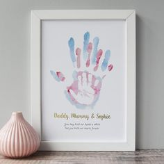 Are you interested in our childs handprint art print? With our personalised children's print for nursery Are you interested in our childs handprint art print? With our personalised children's print for nursery you need look no further. Baby Crafts, Kids Crafts, Family Crafts, Crafts For Babies, Newborn Crafts, Infant Crafts, Craft Kids, Easter Crafts, Unisex Baby Names