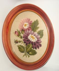 OVAL WOOD FRAME WITH NEEDLEPOINT FLORAL vintage wall decor