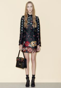 http://www.vogue.com/fashion-shows/pre-fall-2016/red-valentino/slideshow/collection