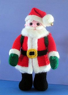 Crocheted Santa Claus Amigurumi - FREE Crochet Pattern and Tutorial by Sue Pendleton