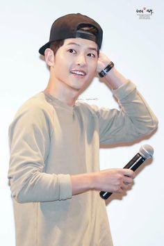 Heirs Korean Drama, Korean Drama Series, Sung Jong Ki, Lee Jong Suk, Korean Celebrities, Korean Actors, Song Joong Ki Birthday, Soon Joong Ki, Descendents Of The Sun