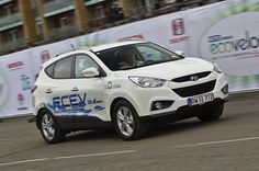 Hyundai ix35 FCEV - auto car review