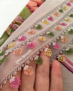 Hand Work Embroidery, Crewel Embroidery, Latest Suit Design, Crochet Borders, Needle Lace, Lace Making, Baby Knitting Patterns, Elsa, Diy And Crafts