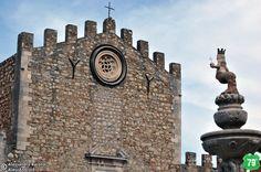 Duomo e fontana #Taormina #Messina #Sicilia #Sicily #Italia #Italy #Viaggiare #Viaggio #Travel #AlwaysOnTheRoad