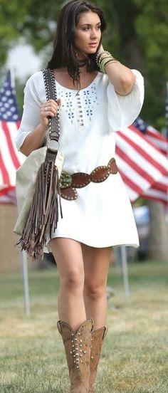 Rayon Shift Regular Size Above Knee, Mini Dresses Sara Fashion, 60 Fashion, Boho Chic, Bohemian Mode, Looks Country, Country Girl Style, Cruel Girl, Cowgirl Outfits, Boho Outfits