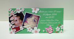 Un invito con candidi fiorellini bianchi per il diciottesimo compleanno di Karen