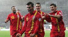 """Agen Bola : """"Wales Saat Ini Berbeda dari Sebelumnya!"""" –Bintang baru Real Madrid, Gareth Bale percaya bahwa sepakbola negaranya, Wales memiliki masa depan yang cerah. Wales memang tidak memiliki kekuatan sepakbola yang mumpuni bahkan selalu gagal dalam setiap turnamen sejak tahun..."""