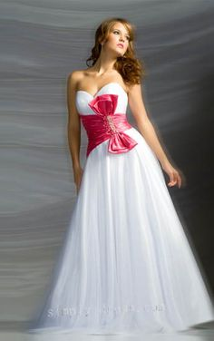 Tulle and Taffeta Strapless Sweetheart Neckline with A line Dress Top Seller Evening Dress