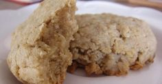 Oatmeal patties with creamy sugar taste - DIY Christmas Cookies Cool Whip Desserts, No Cook Desserts, Cookie Desserts, Easy Desserts, Cookie Recipes, Chewy Peanut Butter Cookies, Raisin Cookies, Desserts With Biscuits, Dessert Biscuits