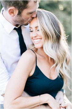 So maybe this is technically still a Summer engagement sessio. wedding engagement hairstyles 2019 - wedding and engagement 2019 Engagement Photo Hair, Engagement Hairstyles, Engagement Photo Inspiration, Fall Engagement, Engagement Session, Engagements, Country Engagement, Engagement Ideas, Wedding Couple Pictures