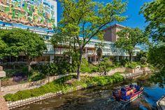 El Tropicano River Walk Hotel is the perfect spot to begin exploring The San Antonio River Walk and downtown San Antonio.